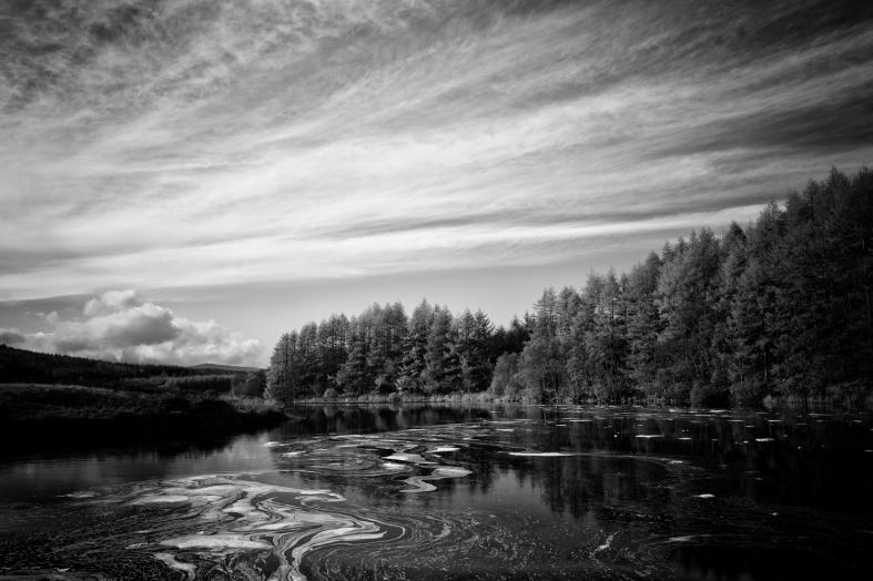 Loch Kendoon, Scotland. 29.10.2015 Leica Q 1/500sec; f/5.6; iso100