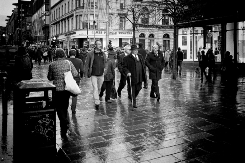 Glasgow. 30.10.2016 Leica M7; 35mm Summilux; Kodak Tri-X @200; HC110